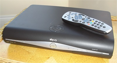 Sky HD mini box 250gb - Amstrad DRX890